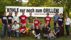 Gruppenfoto der ersten Grillaktion