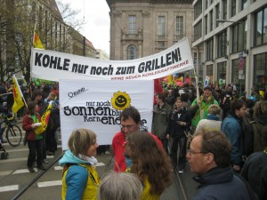 Probe zur Anti-Atom-Menschenkette in Berlin - unsere 2 Banner