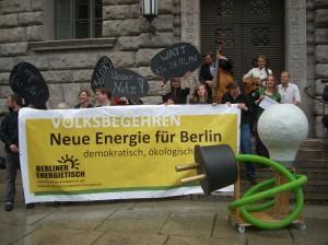 Mehr als 36.000 Unterschriften hat der Berliner Energietisch gesammelt.